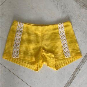 Lilly Pulitzer 2017 Yellow Shorts Size 00